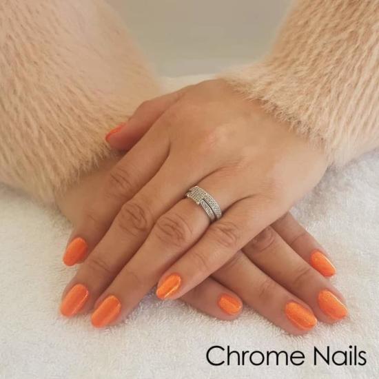 chrome gel nails hands Queen B